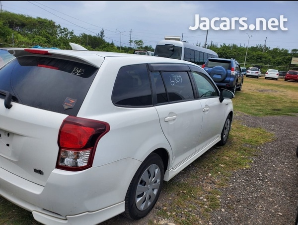 Toyota Fielder 1,5L 2013-9