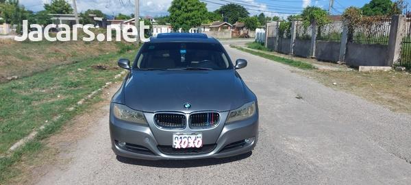 BMW 3-Series 3,0L 2011-1