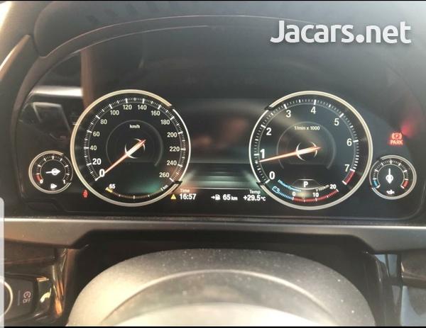 BMW X6 5,0L 2015-9