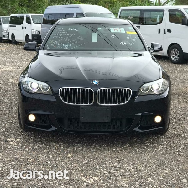 BMW 5-Series 2,3L 2013-1