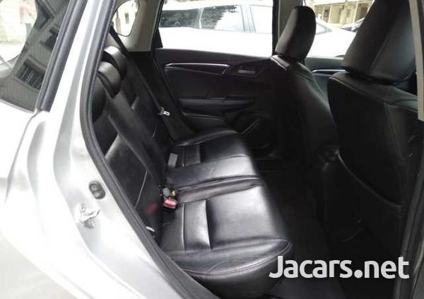 Honda Jazz 1,3L 2015-7