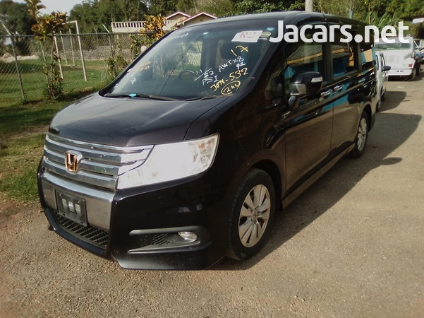 Honda Step wagon 2,0L 2011-1