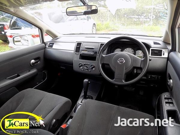 Nissan Tiida 1,4L 2013-5