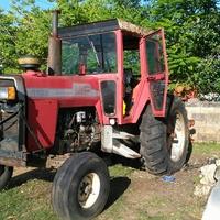 1995 Massey Ferguson Tractor