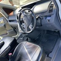 Toyota Voxy 2,0L 2010