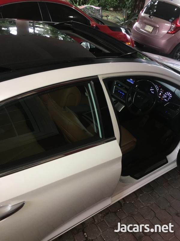 Hyundai Sonata 2,4L 2016-3
