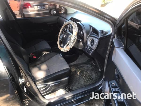 Toyota Vitz 1,5L 2013-2