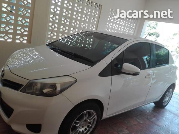 Toyota Vitz 1,3L 2012-5