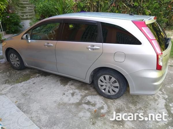 Honda Stream 2,0L 2009-1