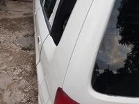 Mazda Demio 3,9L 2001