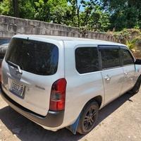 Toyota Probox 1,0L 2013