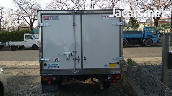 2015 Dyna Freezer Truck-4