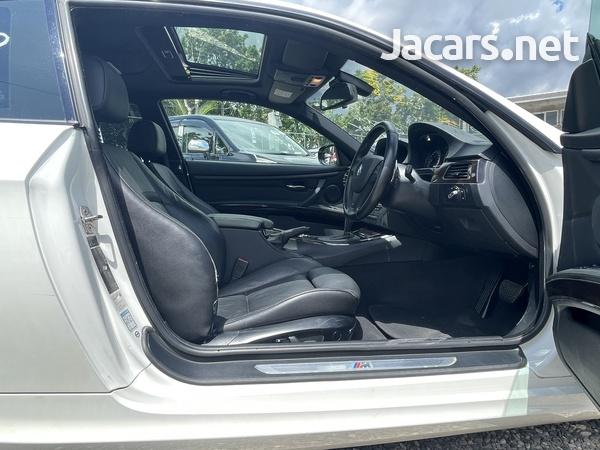 BMW 3-Series 2,5L 2012-8