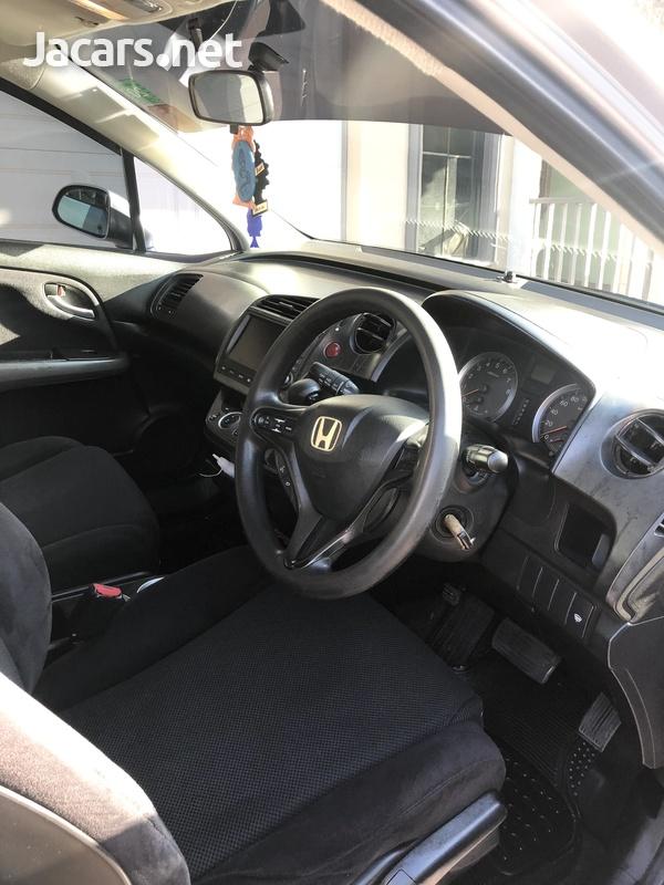 Honda Stream 1,8L 2009-6