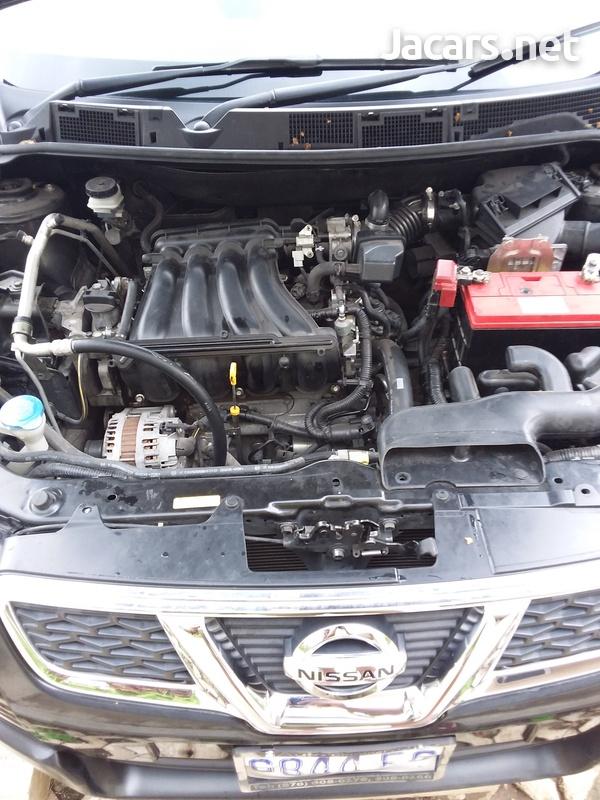 Nissan Dualis 2,0L 2011-5