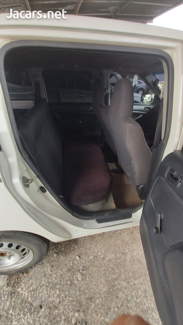 Toyota Probox 1,5L 2010-2