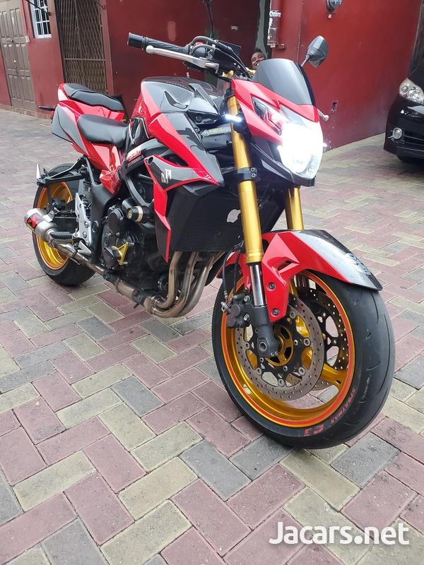 2015 suzuki gsx 750s Bike-2