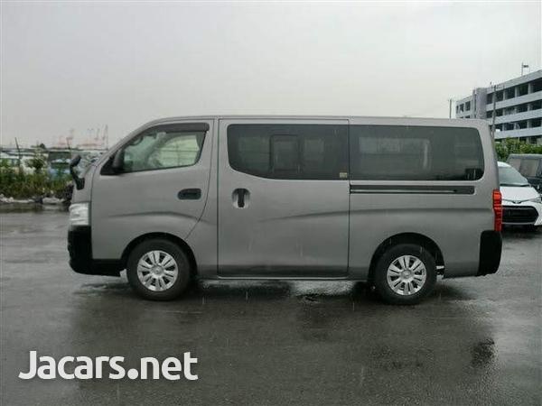 Nissan Caravan 3,6L 2013-4