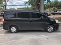 Toyota Noah 1,2L 2011