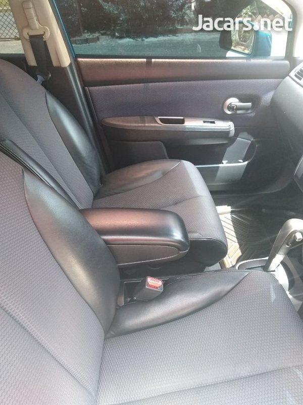 Nissan Tiida 1,6L 2006-5