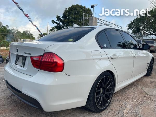 BMW 3-Series 1,5L 2011-5