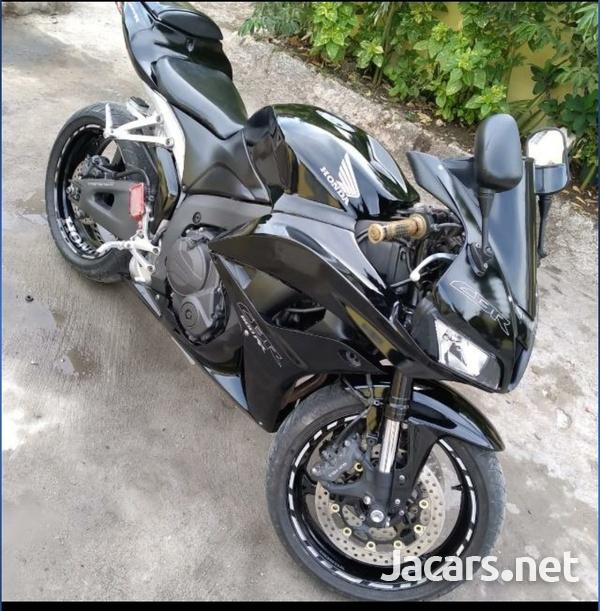 2009 Honda CBR-1