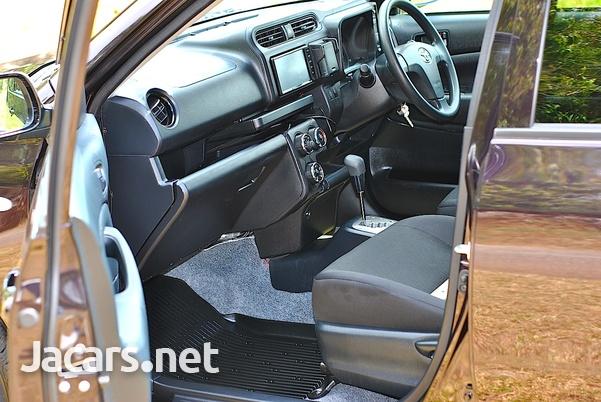 Toyota Probox 1,5L 2018-9