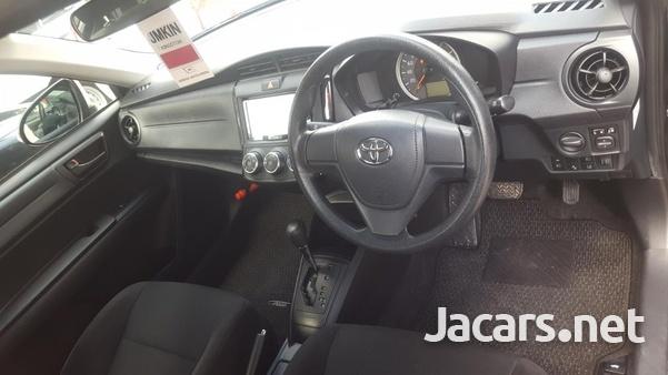 Toyota Axio 1,5L 2018-6