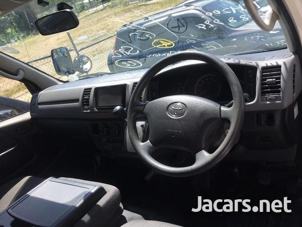 Toyota Regus ACE 2013-4