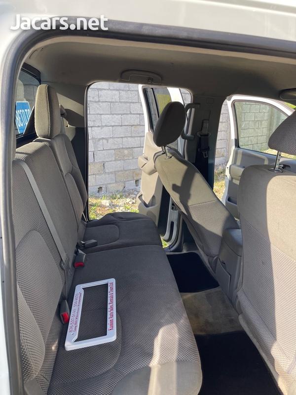 Nissan Frontier 6,1L 2016-8