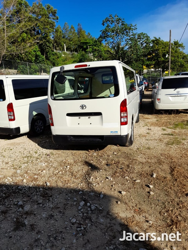 Toyota Hiace 2,5L 2014-9