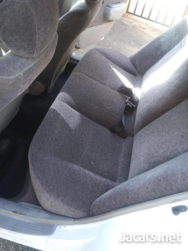 Toyota Corolla 1,5L 1999-3