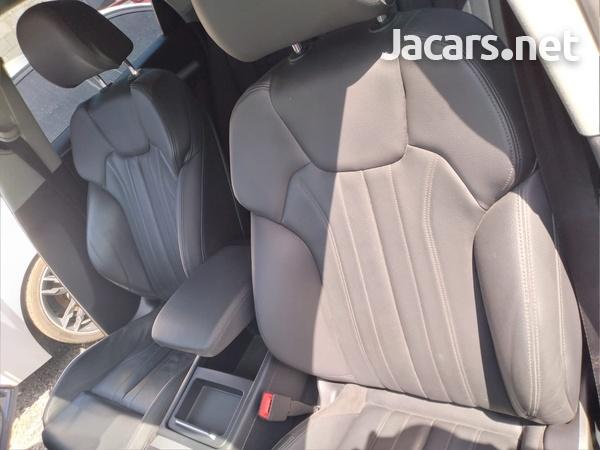 Audi Q5 2,0L 2018-8