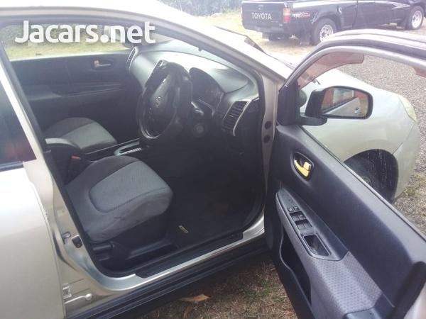 Nissan Wingroad 1,5L 2009-6
