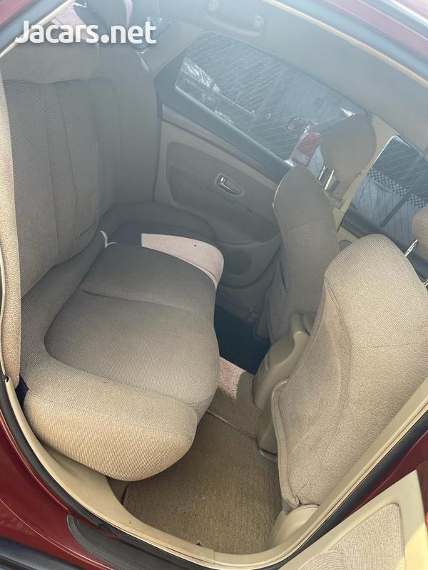 Nissan Bluebird 1,8L 2008-4