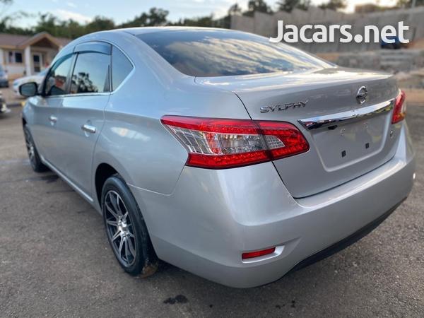 Nissan Sylphy 1,5L 2013-6