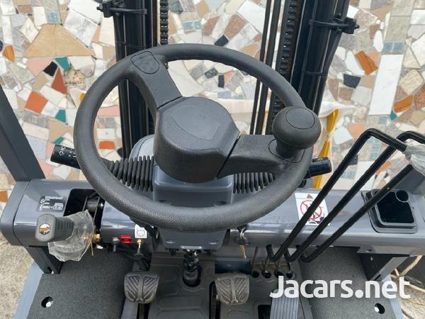 Forklifts-2