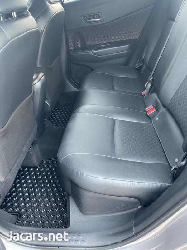 Toyota C-HR 2,0L 2019-7