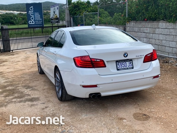 BMW 5-Series 2,0L 2015-8
