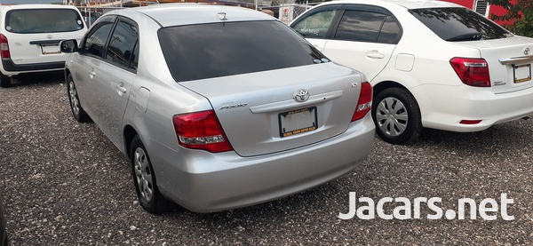 Toyota Axio 1,5L 2011-3