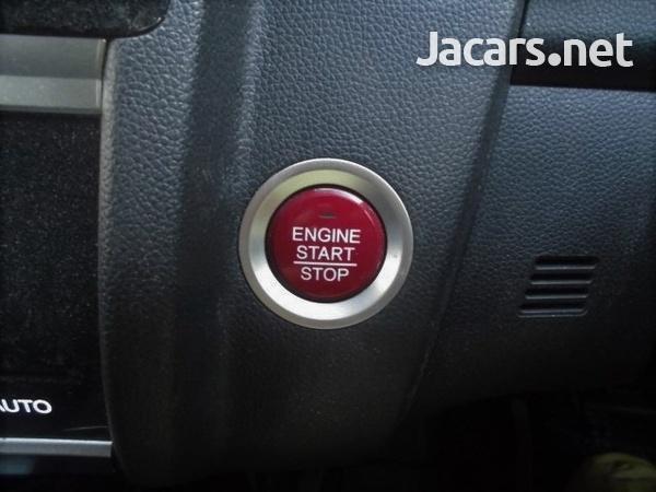 Honda Fit 1,3L 2015-12