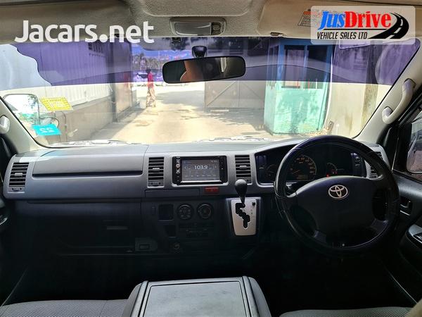 Toyota Hiace 2,0L 2014-9