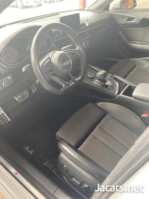 Audi A4 2,0L 2016-10
