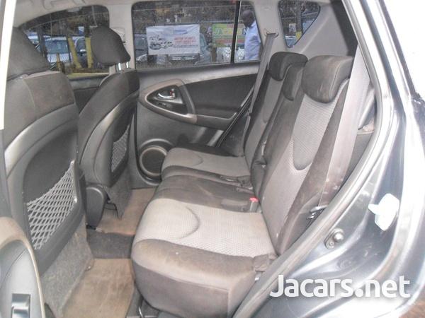 Toyota RAV4 2,0L 2008-5