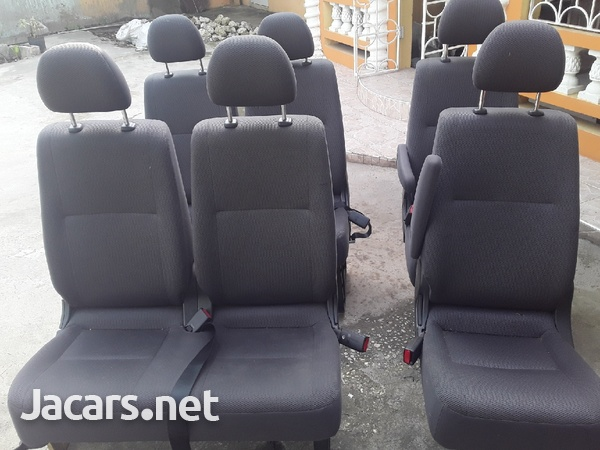 ONE SET OF TOYOTA HIACE SEATS WITH HEADREST.876 3621268