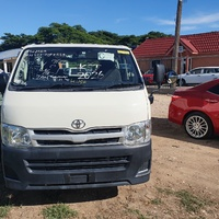 Toyota Haice Bus 2,0L 2013