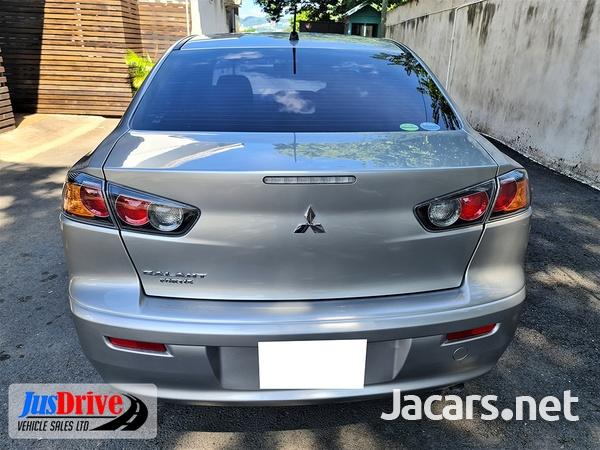 Mitsubishi Galant Fortis 1,7L 2013-5