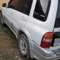 Suzuki Escudo 2,0L 2000