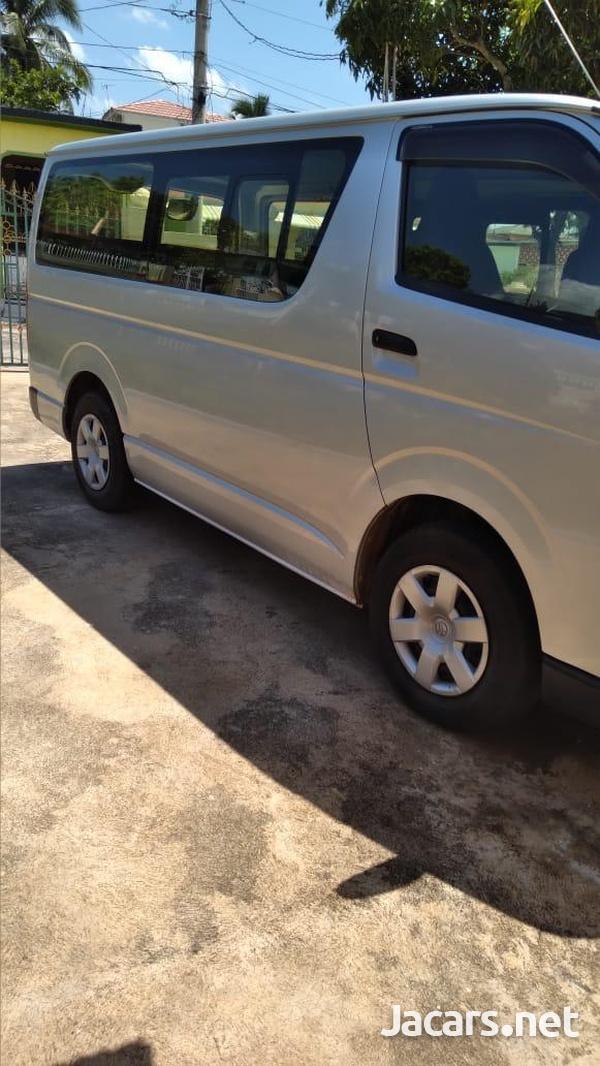 2014 Grey Toyota Hiace Minibus-4