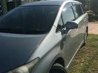 Toyota Wish 2,0L 2011